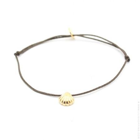 Bracelet coquillage plaqué or lien taupe