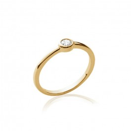 White zirconium gold platted ring