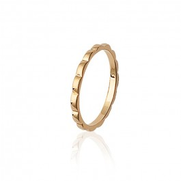 Gold platted waved ring