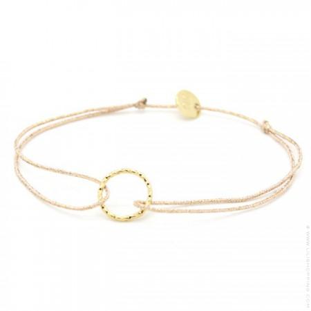 Gold platted hammered ring on a lurex Bracelet