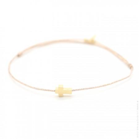 Bracelet croix plaquée or sur lien lurex
