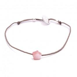 Bracelet étoile en nacre rose sur lien taupe