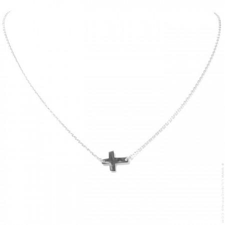 Collier croix en argent