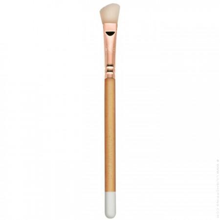 Natural wooden blush brush