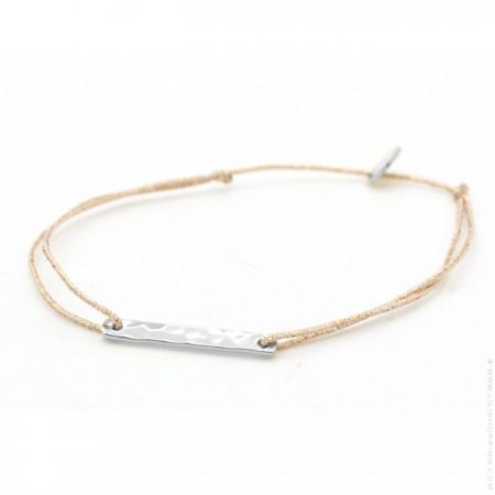 Silver hammered barre on a lurex Bracelet