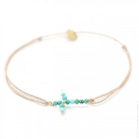 Bracelet croix en turquoises