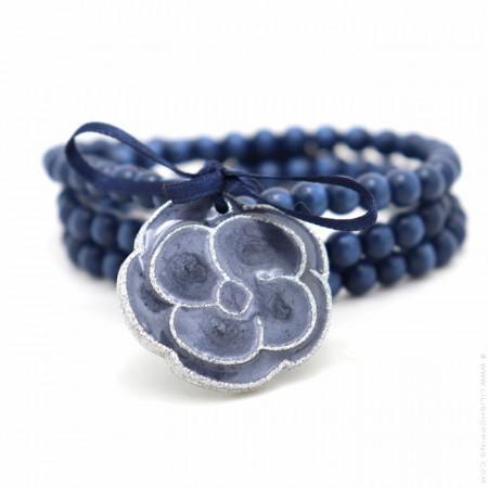 Bracelet / collier camélia bleu nacré argent