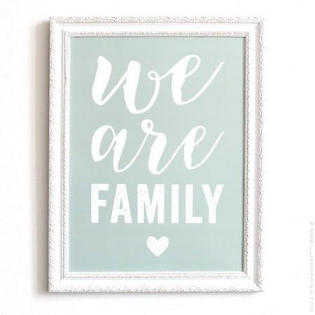 Affiche Cinq Mai - We are Family smoke green