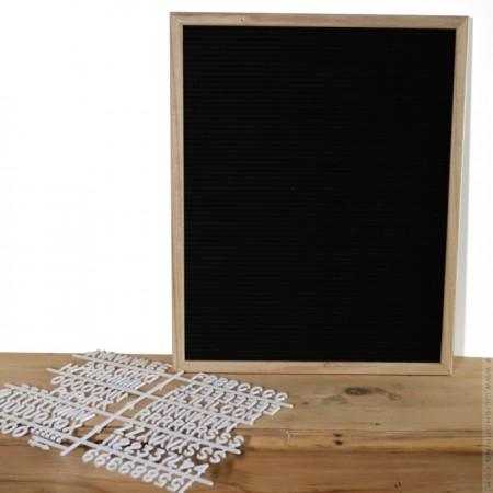 Black lettre board